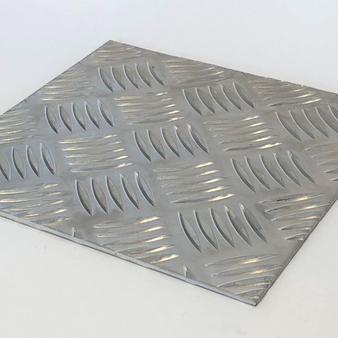 Bild på aluminiumdurk 5/7 3/5 och 2/4